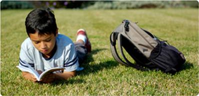 La Casa Azul Book Drive to Help Unaccompanied Minors