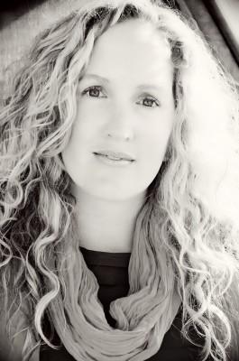 Becca Fitzpatrick to Write a New Romantic Suspense YA Novel