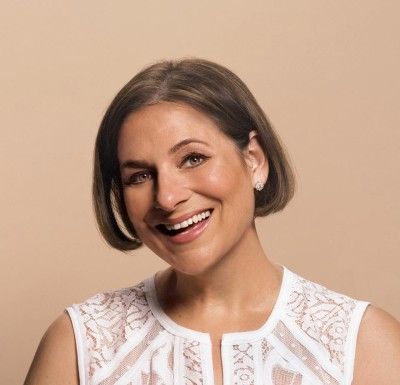 Bestselling Author Jennifer Weiner to Publish Four More Books With Atria & Launch Middle Grade Trilogy With Aladdin Books