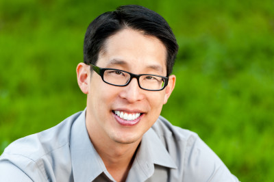 Gene Luen Yang Named 5th National Ambassador for Young People's Literature,  2016–2017